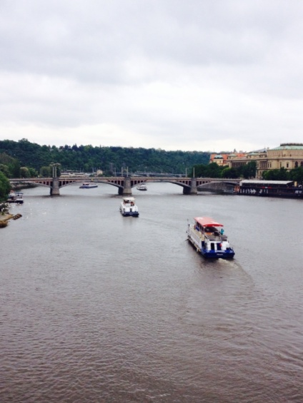 1.1398988800.view-of-prague-from-charles-bridge