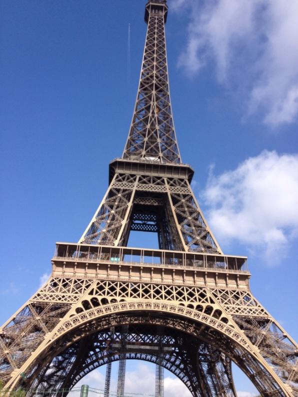 1.1397489019.eiffel-tower