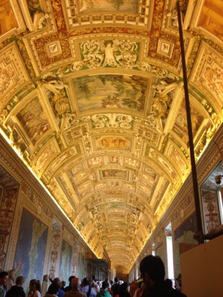 1.1398124800.2-inside-the-vatican