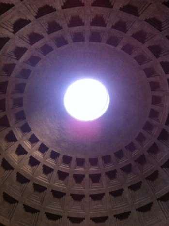 1.1398124800.the-hole-in-the-pantheon-dome