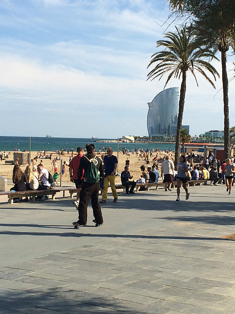 1.1402088464.3-barcelona-beach-a-new-type-of-skateboard